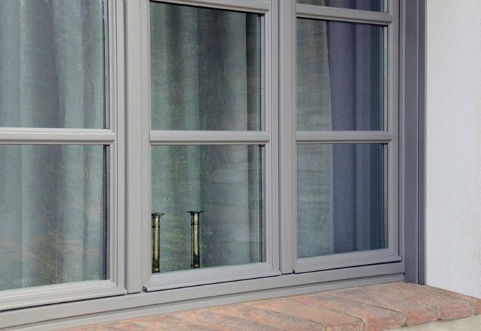 finestra legno chiara