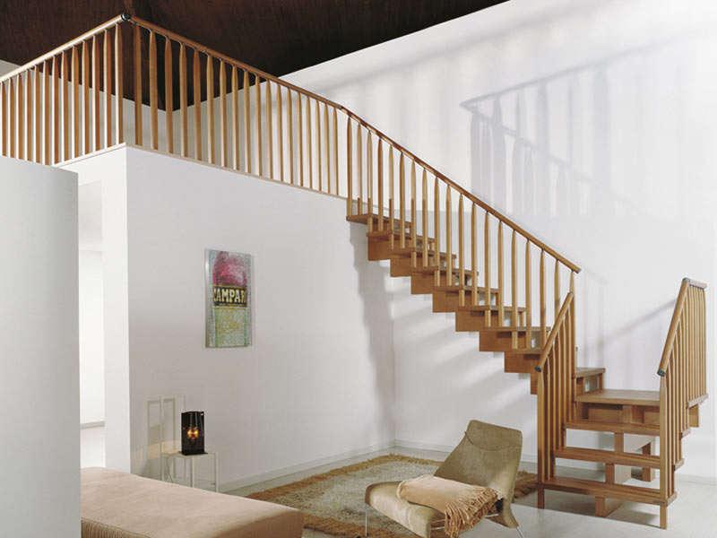 scala interni legno design moderno